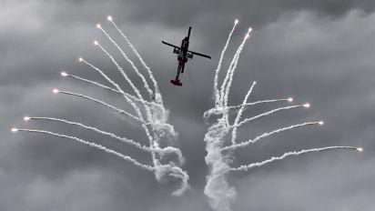 - - Netherlands - Air Force Boeing AH-64A Apache