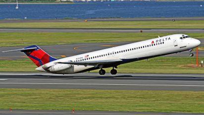 N784NC - Delta Air Lines Douglas DC-9-50