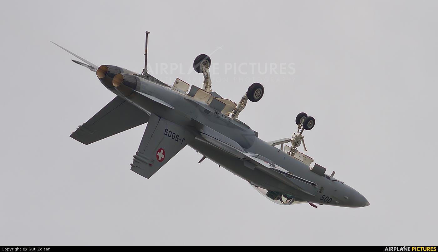 Switzerland - Air Force J-5005 aircraft at Gilze-Rijen