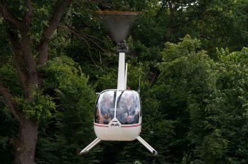 UR-ACCT - Private Robinson R44 Astro / Raven