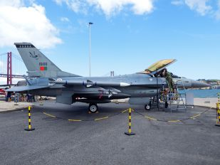 15100 - Portugal - Air Force General Dynamics F-16AM Fighting Falcon