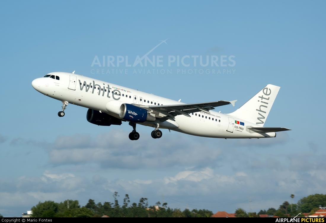 White Airways CS-TRO aircraft at Porto