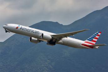 N719AN - American Airlines Boeing 777-300ER