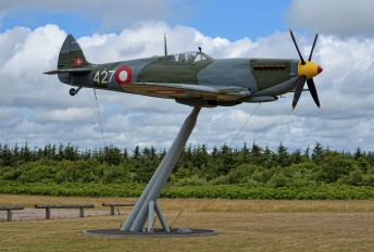 427 - Denmark - Air Force Supermarine Spitfire IX