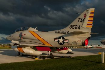 N524CF - Collings Foundation Douglas TA-4F Skyhawk