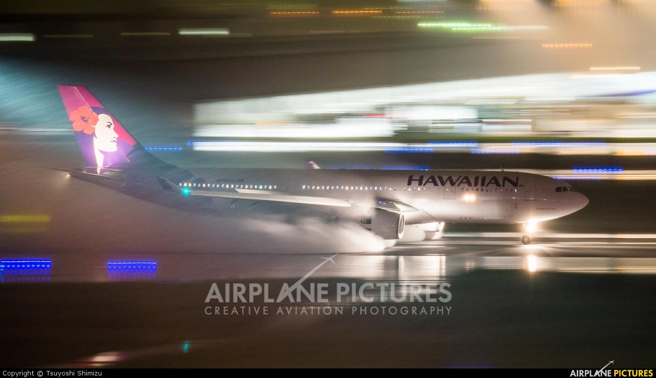 Hawaiian Airlines N396HA aircraft at Tokyo - Haneda Intl