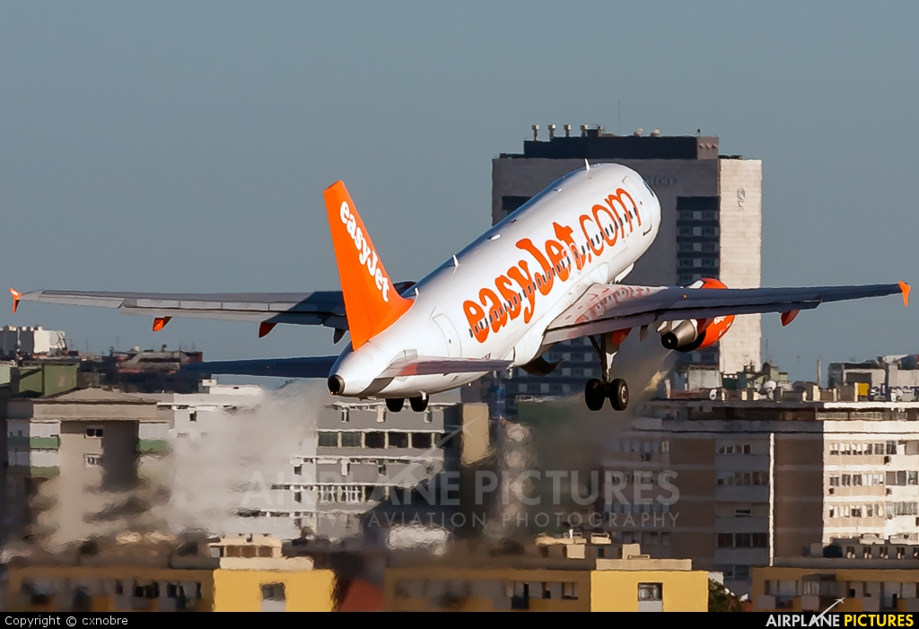 easyJet G-EZFW aircraft at Lisbon