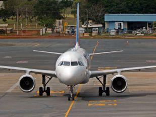 PR-MYD - TAM Airbus A320