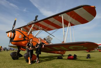 - - Breitling Wingwalkers - Aviation Glamour - Wingwalkers