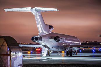 - - Kelowna Flightcraft Air Charter Boeing 727-200F (Adv)