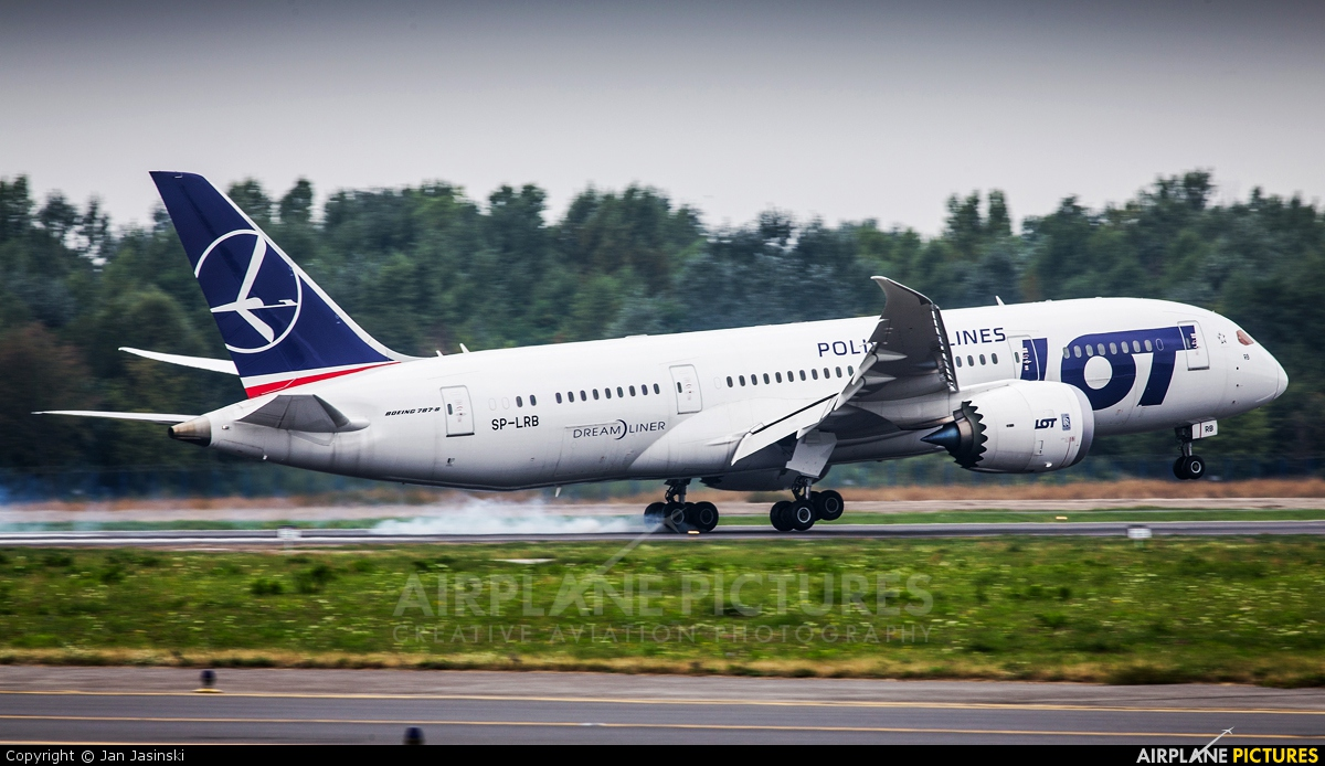 LOT - Polish Airlines SP-LRB aircraft at Warsaw - Frederic Chopin