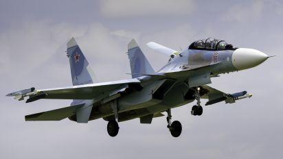 16 - Irkut-Avia Sukhoi Su-30SM