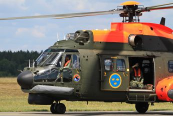 10410 - Sweden - Air Force Aerospatiale AS332 Super Puma