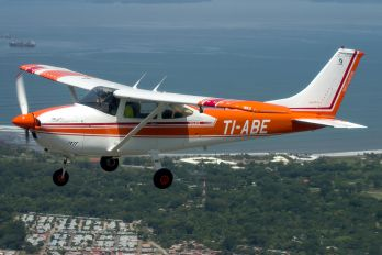TI-ABE - Private Cessna 182 Skylane (all models except RG)