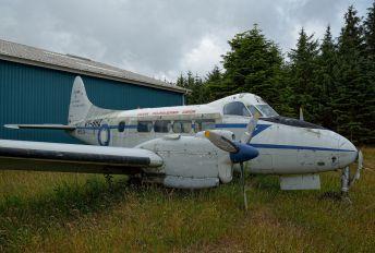 OY-BHZ - Dansk Faldskaerms Union de Havilland DH.104 Dove