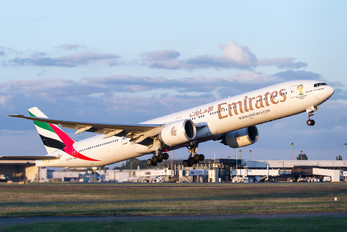 A6-EGL - Emirates Airlines Boeing 777-300ER