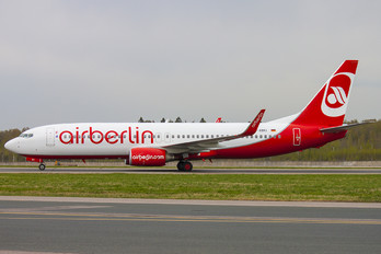 D-ABKI - Air Berlin Boeing 737-800