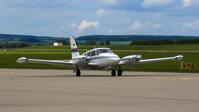 D-GABY - Private Piper PA-30 Twin Comanche