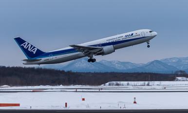 JA8363 - ANA - All Nippon Airways Boeing 767-300