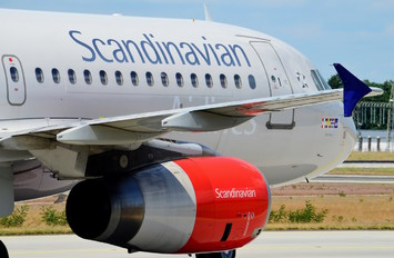 OY-KAW - SAS - Scandinavian Airlines Airbus A320