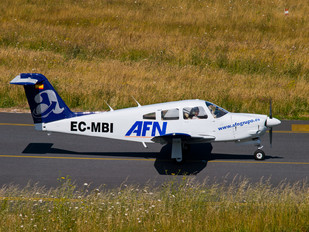 EC-MBI - Aeroflota del Noroeste Piper PA-28R Arrow /  RT Turbo Arrow