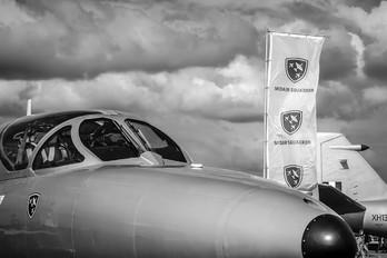XL577 - Midair Squadron Hawker Hunter T.7