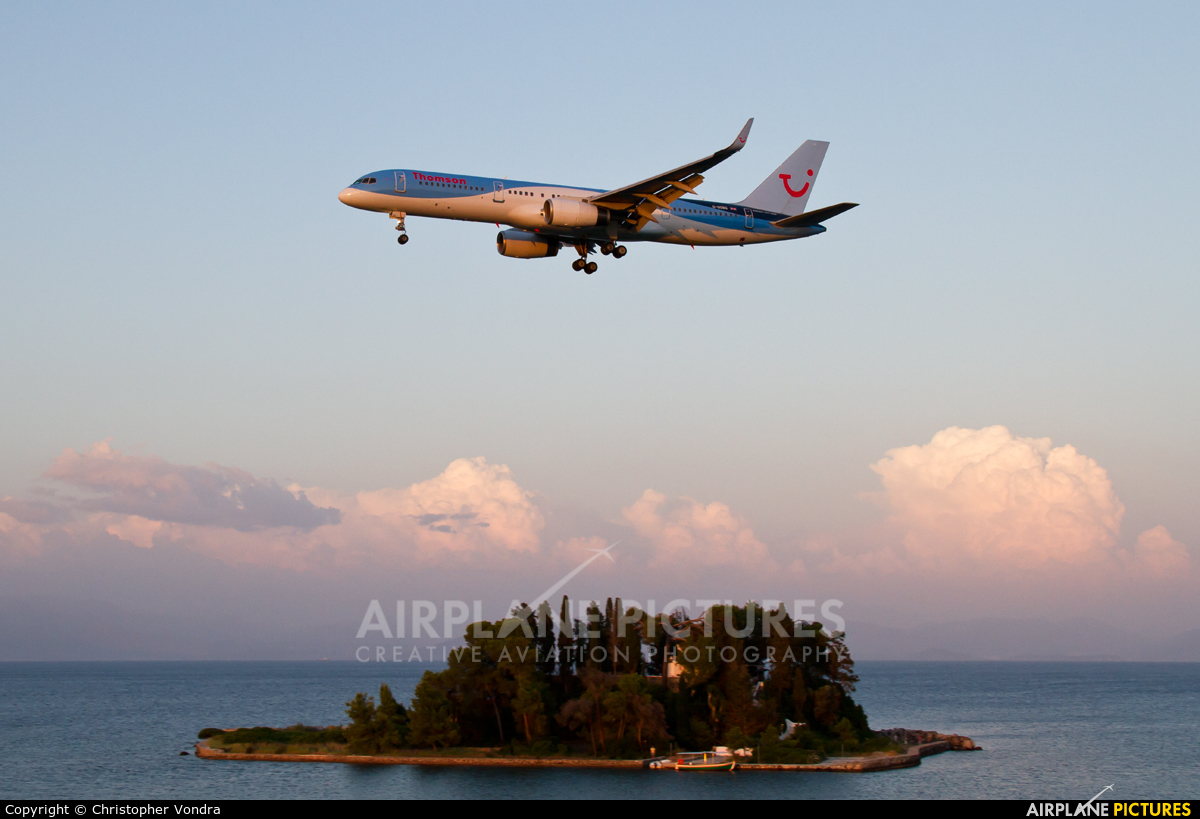 Thomson/Thomsonfly G-OOBG aircraft at Corfu - Ioannis Kapodistrias