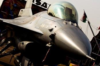 E-008 - Denmark - Air Force General Dynamics F-16A Fighting Falcon