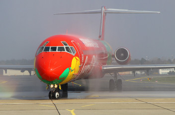 OY-RUE - Danish Air Transport McDonnell Douglas MD-83