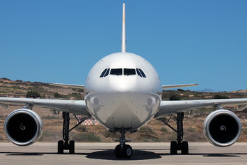 CS-TKM - SATA International Airbus A310
