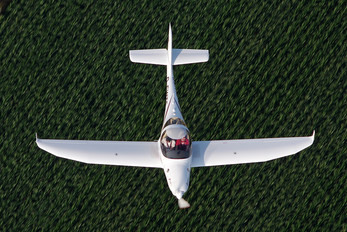 D-EWTF - Sportfluggruppe Nordholz/Cuxhaven Aquila 210