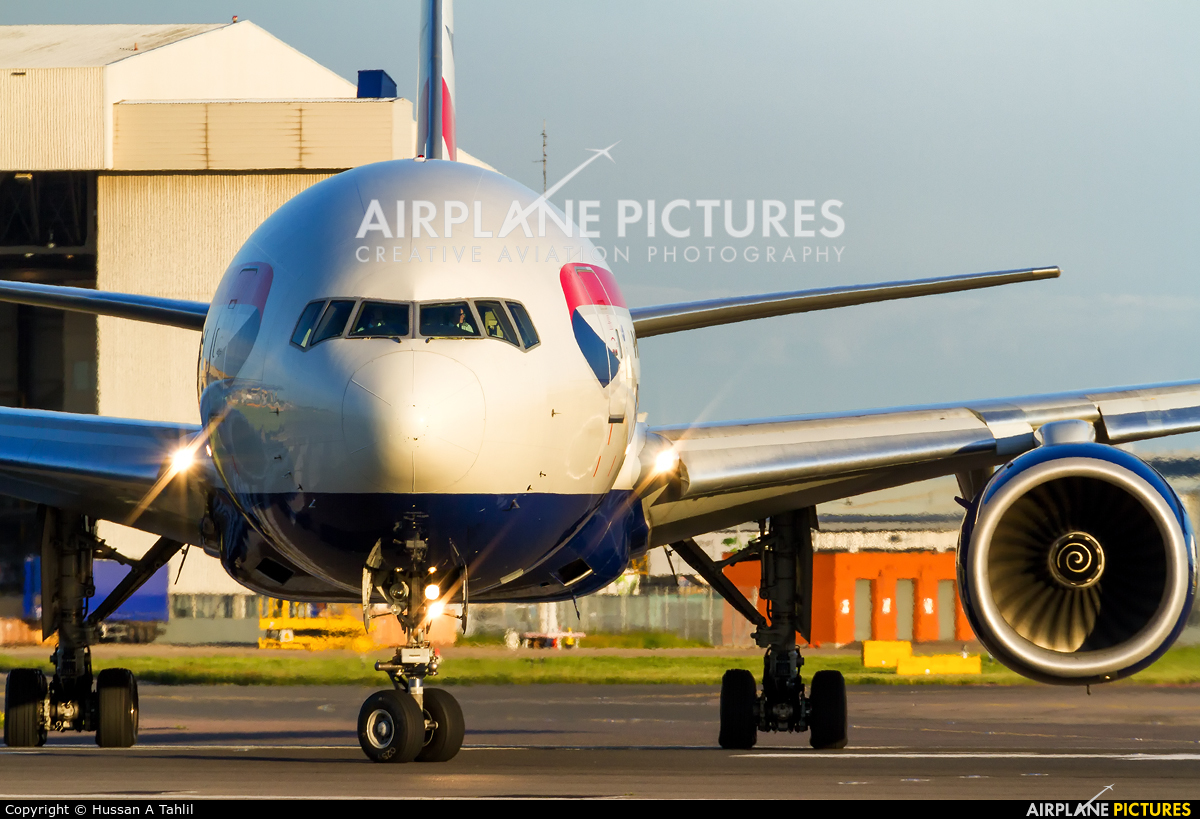 British Airways G-YMMU aircraft at London - Heathrow