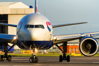 G-YMMU - British Airways Boeing 777-200
