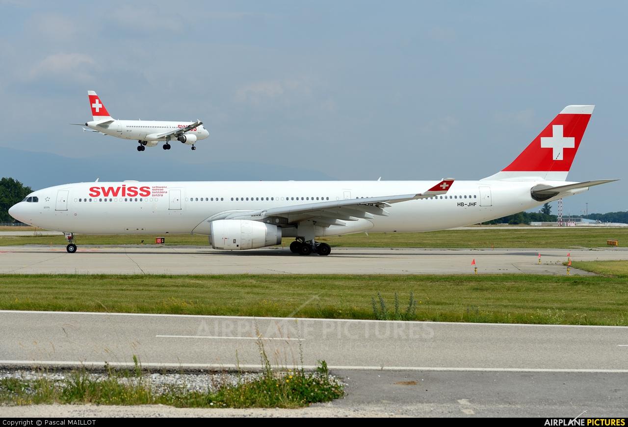Swiss HB-JHF aircraft at Geneva Intl