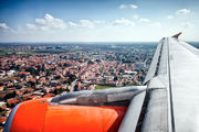 G-EZIL - easyJet Airbus A319 aircraft