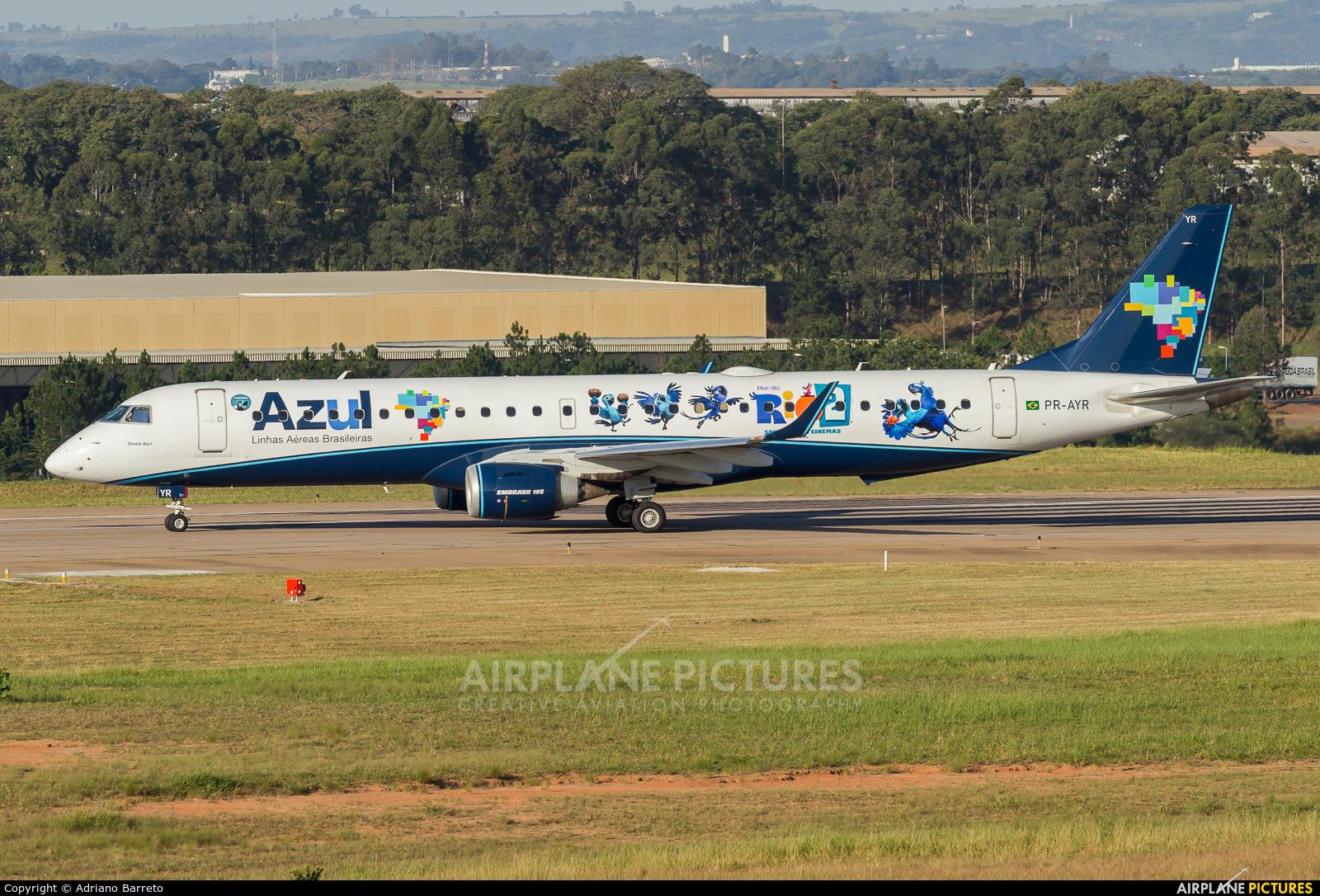 Azul Linhas Aéreas PR-AYR aircraft at Campinas - Viracopos Intl