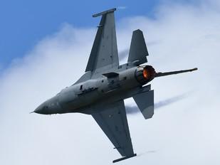 90-0807 - USA - Air Force General Dynamics F-16CJ Fighting Falcon