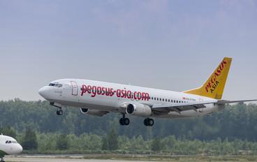 EX-37402 - Pegasus Boeing 737-400
