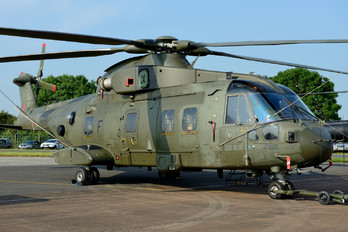 ZJ122 - Royal Air Force Agusta Westland AW101 411 Merlin HC.3