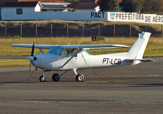 PT-LCB - Private Cessna 152