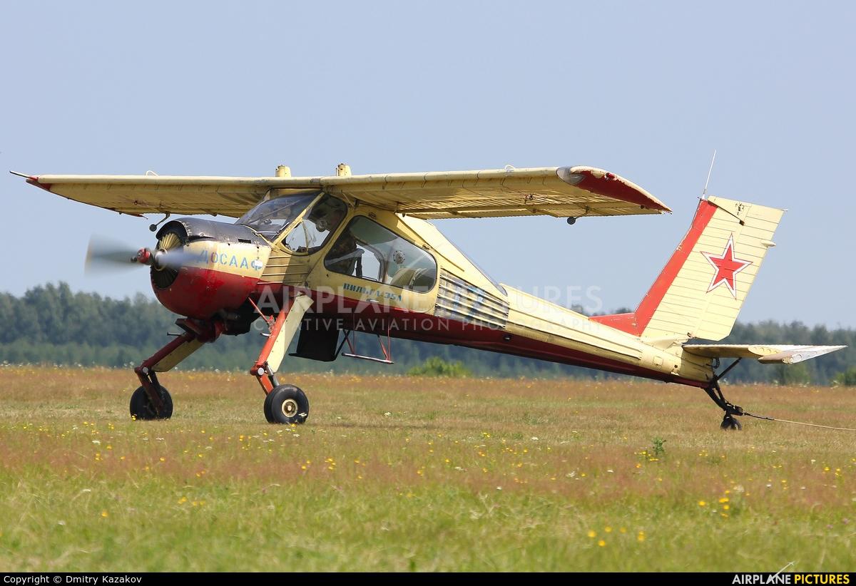 Private 17 aircraft at Pakhomovo