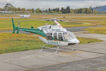PNC-0925 - Colombia - Police Bell 407