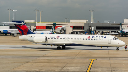 N966AT - Delta Air Lines Boeing 717