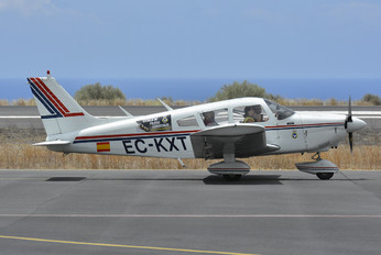 EC-KXT - Private Piper PA-28 Cherokee
