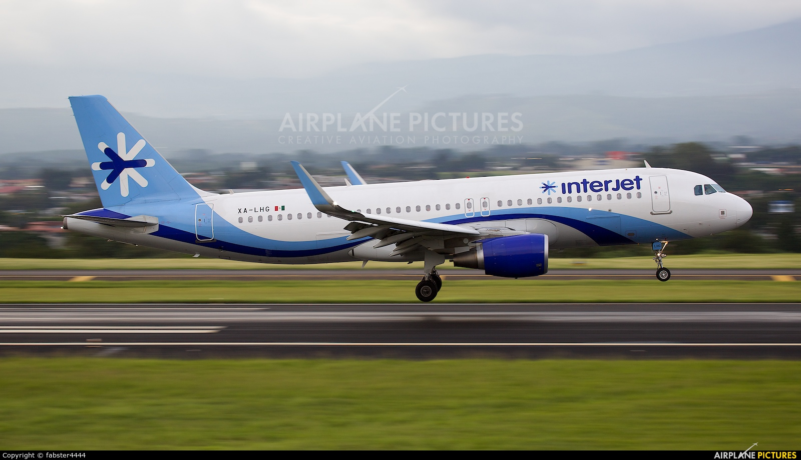 Interjet XA-LHG aircraft at San Jose - Juan Santamaría Intl