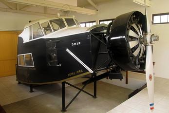 PH-AIS - KLM Fokker F.XVIII