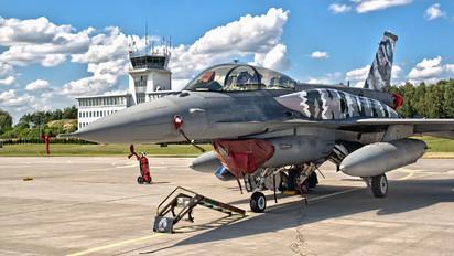 4084 - Poland - Air Force Lockheed Martin F-16D block 52+Jastrząb