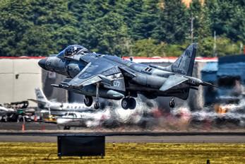 165587 - USA - Navy McDonnell Douglas AV-8B Harrier II