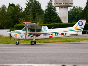 EC-GLF - Private Cessna 172 Skyhawk (all models except RG)