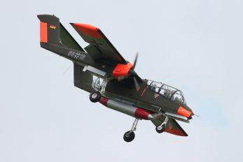 99+18 - Private North American OV-10 Bronco